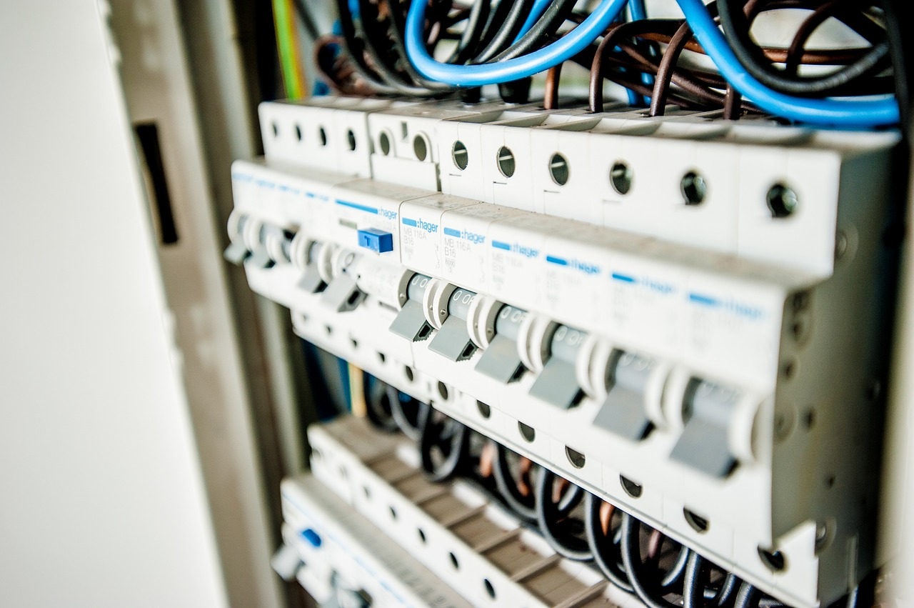 Dans quels cas procéder à une rénovation électrique ?