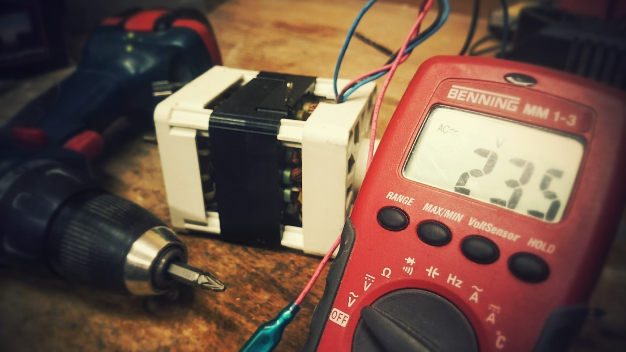 Dépannage électrique, dans quel cas faire appel à un professionnel ?